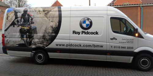 Pidcock-bmw-side2